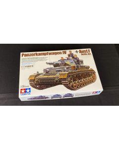Tamiya 35374 German Tank Panzer Kampfwagen IV 1/35