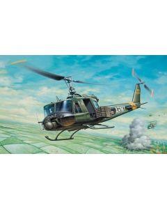 "Italeri 0040 UH-1B ""Huey"" 1/72"