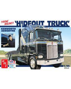 AMT 1158 Hideout Transporter Kenworth (Tyrone Malone) 1/25