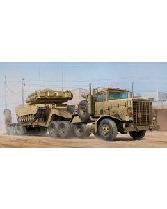 Hobby Boss 85519 M911 C-HET w/M747 Heavy Equipments Semi-Trailer 1/35