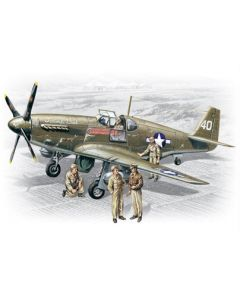 ICM 48125 Mustang P-51B with USAAF Pilots and Ground Personnel 1/48