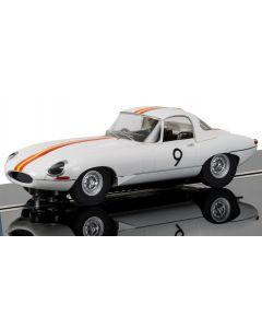 Scalextric C3890 Jaguar E Type 1965 Bathurst No.9 Bob Jane 1/32