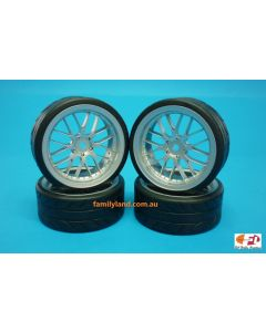 """Team Magic 503330FS E4D 8-Spoke Mounted Drift Radial Tires Fog Silver 2.2"""" 12mm Hex"""