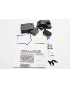 Traxxas 3924 Box, receiver (sealed)/ foam pad/ silicone grease/2.5x8mm BCS (2)/ 3x10mm CCS (2)/ 3x15mm CCS (2)